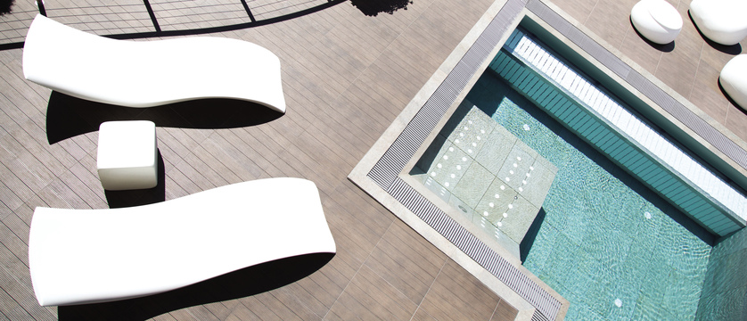 blu-hotel-natura-spa-outdoor-pool.jpg